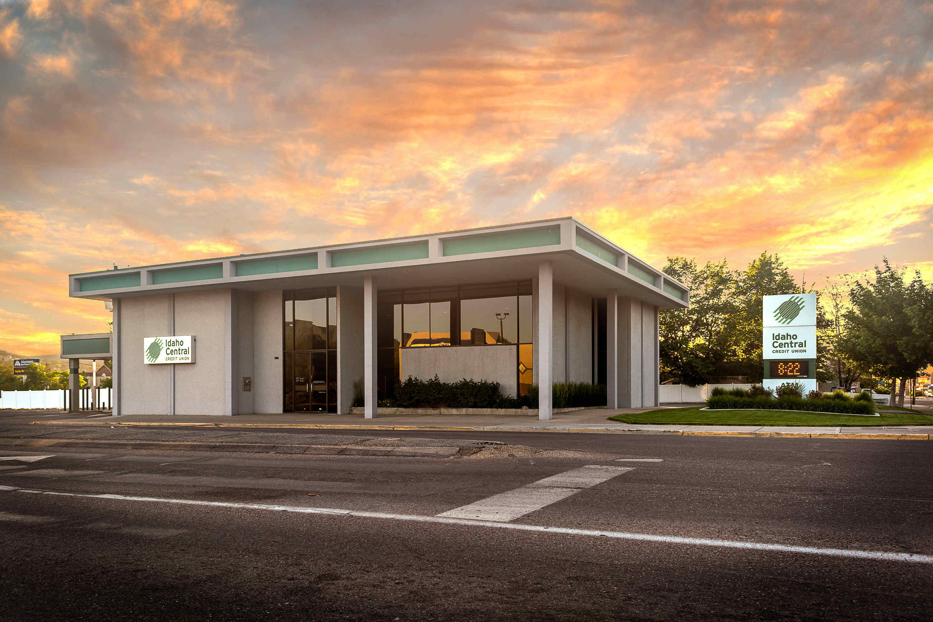pocatello branch & atm - idaho central credit union